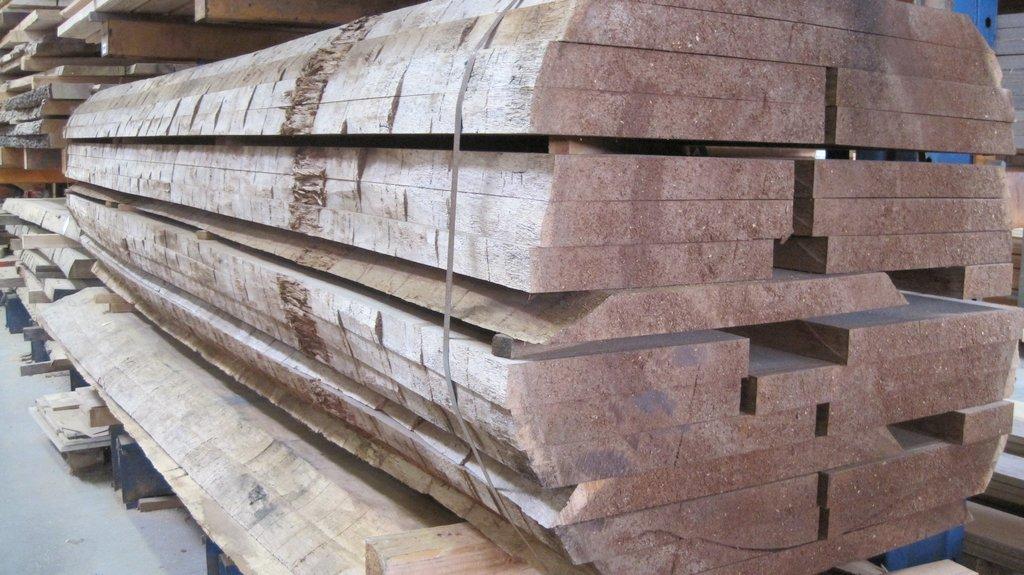 rustikale Holzbohlen